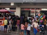 Tin tức - Siêu bão áp sát, dân Philippines vét sạch cửa hàng