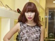 Làng sao - Hà Anh mặc váy lụa nổi bật giữa dàn người đẹp