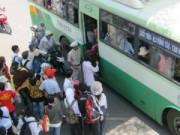 Tin tức - 'Dê xồm' trên xe buýt: Nữ sinh hãi hùng