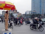 Tin tức - Hà Nội sẽ xử lý CSGT đứng núp, rút chìa khóa xe vi phạm