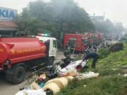 Tin trong nước - HN: Cháy chợ Nhật Tân, tiểu thương nhao nhác
