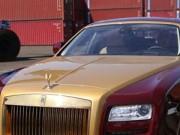 Làng sao - Cận cảnh siêu xe mạ vàng 40 tỷ mà Mr Đàm đi mượn