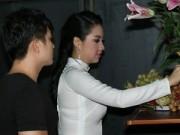 Làng sao sony - Lê Khánh được chồng sắp cưới đưa đón đi hát