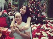 Hậu trường - Tăng Thanh Hà khoe ảnh đón Giáng sinh bên mẹ