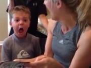 Clip Eva - Biểu cảm hoảng hốt của cậu bé nghe chuyện kinh dị
