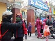 Tin tức - Hà Nội: Phụ huynh, nhà trường lo đối phó với rét
