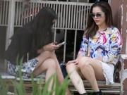 Thời trang Sao - Sao Việt bị chỉ trích vì dáng ngồi kém duyên