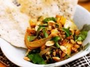 Bếp Eva - Hương vị miền Trung trong hến xúc bánh đa