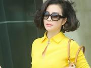 Làng sao - MC Thanh Mai trẻ đẹp hút hồn xuống phố