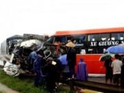 Tin tức - Lật xe khách trên đất Lào, 8 người Việt thương vong