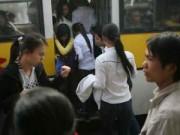 """Tin tức - Lùi chạy xe buýt nữ để """"nghiên cứu"""" về quấy rối tình dục"""