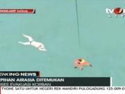 Clip Eva - Video: Lực lượng cứu hộ tiếp cận các thi thể nạn nhân QZ8501