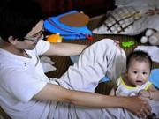 Làm mẹ - Bố đơn thân chống lại bác sỹ để con không uống kháng sinh