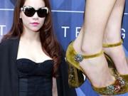 Thời trang - Cận cảnh đôi giày hàng hiệu dáng độc của Hà Hồ
