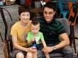 Thúy Vinh đưa con sang Singapore đón năm mới cùng chồng