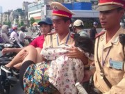 Tin tức - CSGT bế bà bầu gặp tai nạn, cấp tốc đưa đi viện