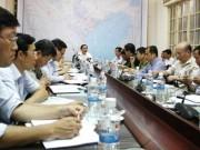 Phó Thủ tướng Hoàng Trung Hải họp khẩn ứng phó bão Cầu Vồng