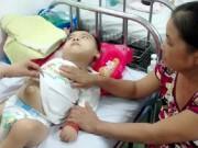 Tin tức - Bé trai 6 tuổi bị cha mẹ bỏ rơi vì mắc bệnh bại não