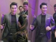 Làng sao - Fan nữ chặn đường tặng hoa hồng Song Seung Hun