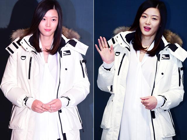 Jeon Ji Hyun lấy tay che bụng bầu 5 tháng