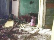 Tin tức - Sau tiếng nổ lớn, ngôi nhà cháy dữ dội rồi đổ sập
