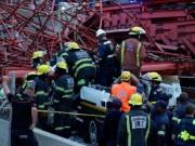 Tin tức - Sập cầu vượt ở Nam Phi, 23 người thương vong