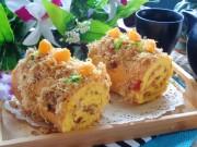 Bánh bông lan cuộn ruốc phủ trứng muối ngon mê