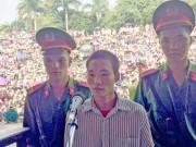 """Kẻ giết 4 người ở Yên Bái bình thản """"xin giảm tí tội"""""""