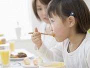 """Làm mẹ - Chiêu lạ """"dụ"""" con thích ăn mọi thứ của mẹ Nấm"""
