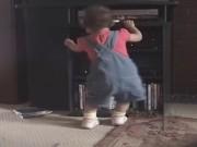 Clip Eva - Ngộ nghĩnh những điệu nhảy dễ thương của bé
