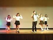 Clip Eva - Thầy giáo giả gái nhảy Kpop gây sốt cộng đồng mạng