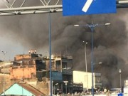 Nhiều căn nhà cháy rụi giữa trung tâm TP.HCM