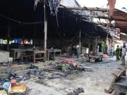 Tin tức - Cháy chợ trong đêm, ít nhất 50 gian hàng bị thiêu rụi