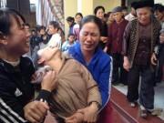 Thảm án ở Thạch Thất: Khóc ngất bên thi thể 2 bố con