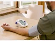 Tin tức sức khỏe - Có nên mua máy đo huyết áp tại nhà?