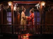 Eva Yêu - Cặp đôi mặc trang phục hoàng tộc trong lễ cưới