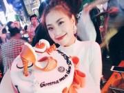 Làng sao - Á hậu Diễm Trang tổ chức tiệc chia tay đời độc thân