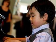 Làm mẹ - Thần đồng piano 4 tuổi gốc Việt gây sốt trên đất Mỹ
