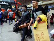 Người dân ùn ùn rời Thủ đô về quê nghỉ Tết Dương lịch