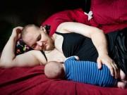 Bà bầu - Ông bố chuyển giới cho con bú bằng dòng sữa của chính mình