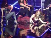 Thời trang - Hoàng Thuỳ Linh nhảy cuồng nhiệt lau sạch sàn catwalk VN Next Top Model