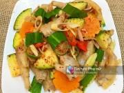 Bếp Eva - Cách làm chân gà trộn xoài xanh siêu ngon hút nghìn like của mẹ Việt