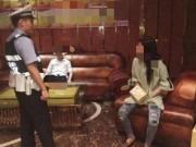 Eva Yêu - Không đủ tiền trả karaoke, chàng trai gán nợ cả bạn gái