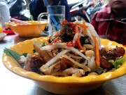Bếp Eva - Gánh bún thịt nướng cứ đến trưa lại thơm
