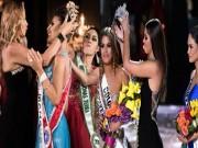 Clip Eva - Video: Hai khoảnh khắc đăng quang hoa hậu khôi hài nhất lịch sử