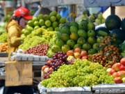 Mua sắm - Giá cả - Trái cây ngoại áp đảo thị trường