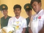 Tin tức - Bắt hai người Campuchia vận chuyển 1kg ma túy vào Việt Nam