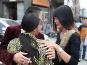Tin tức - Cô gái bị bắt cóc, ép kết hôn năm 15 tuổi được trở về nhà nhờ bức thư cầu cứu