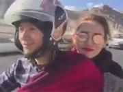 Lộ clip Tiến Đạt đèo xe máy chở  bạn gái hot girl đi chơi ở Ấn Độ