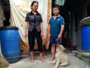 Eva Yêu - Cảnh sống nhọc nhằn của cặp đôi cao 1m, chồng tâm thần, vợ bệnh tật